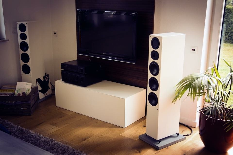 Betonsockel für Lautsprecher